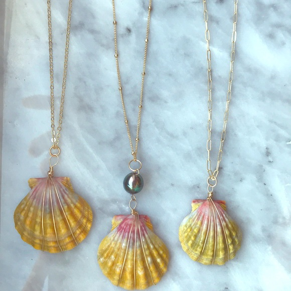 Handmade Jewelry for Barbie Pearls and Gold Chains Necklace and Earrings